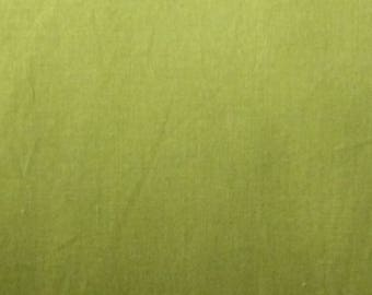 Green Fabric. 100% cotton fabric. Solid green fabric, Fabric by the yard. Sewing fabric. Green cotton fabric. Patchwork fabric.