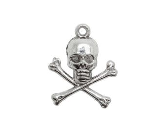 6 charms bc200 antiqued silver metal skull