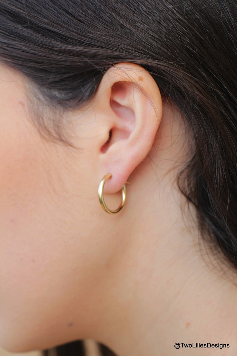 cce09c3c4 Gold Hoop Earrings 14K Gold filled circle Hoops 19mm Medium | Etsy