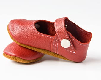 Red Baby Shoes, Baby Mary-Janes, Leather Baby Shoes, Newborn Crib shoes, Baby Gift, First Walkers, Baby Shoes