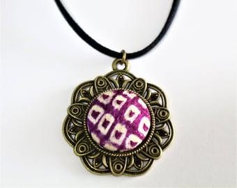 Flower Fashion Pendant Necklace / Vintage Japanese Kimono Fabric / Gift BOX HANDMADE 59