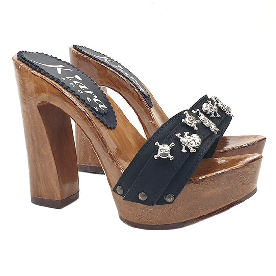 Women's sandals with silver skull and comfy heel KH12 NERO