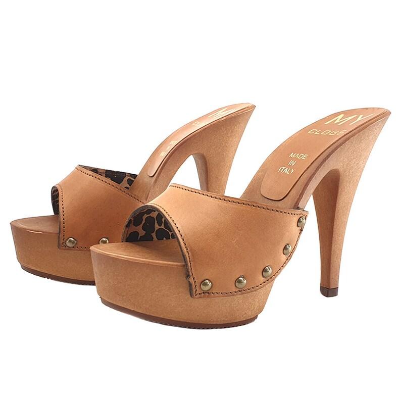 1aaa4cae42e37 brown leather clogs heel 13 -MY3910