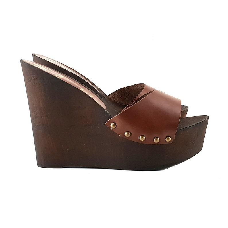 abf07074bbaf9 wedge clog in brown leather -MYZ312 MARRONE