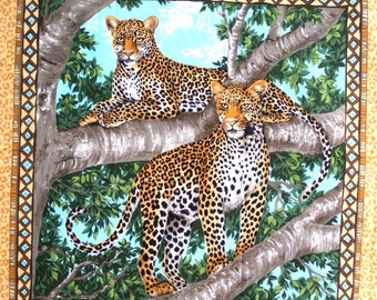 Coupon fabric patchwork Panel 2 PANTHERS in a tree n 1 sticker