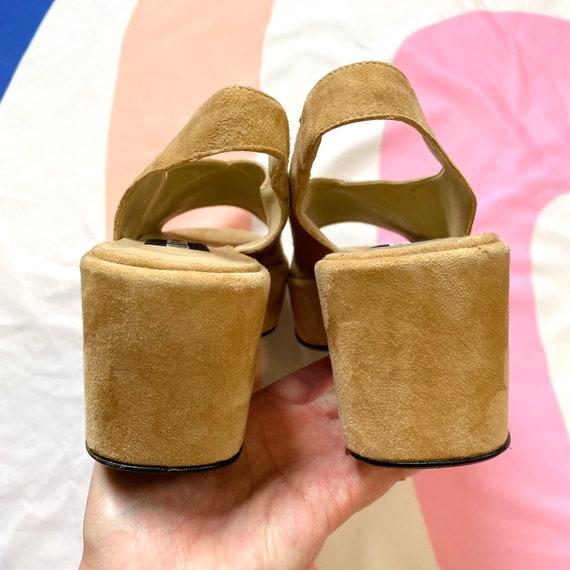 Vintage 90s Tan Suede Platform Sandals - image 6