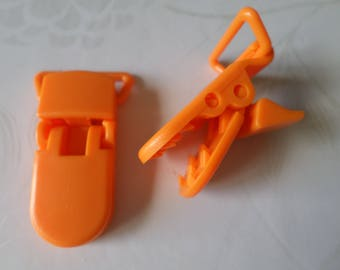 x 1 clip crocodile/orange pacifier clip plastic 42 x 15 mm