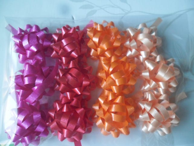 x 12 mixed bows adhesive embellishments gift-wrapped 35 mm