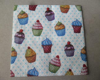 x 2 paper napkins depicting muffins on a white background with blue polka dots, 25 x 25 cm