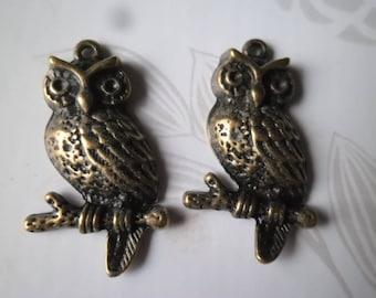 x 2 tone OWL pendants/charm bronze 3.2 x 1.9 cm