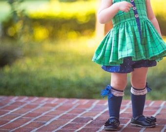 Girls Knee High Socks with Crochet Trim and Bow- Perfect for School Uniform!!