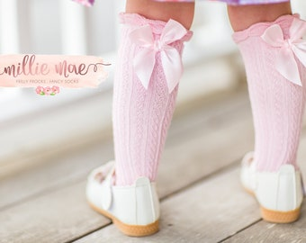 Girl Cable Knit Ruffle Knee High Socks with Bow. Fits Toddlers and Girls Ages 2-7 Years. 5 Colors and 2 Sizes