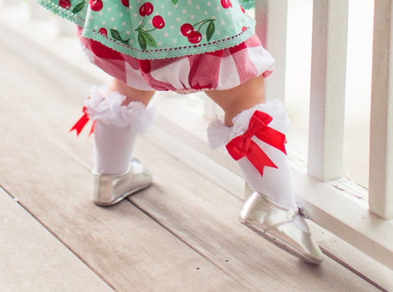Girls Knee High Socks with Ruffle and Bow Detail Fits Baby to image 0