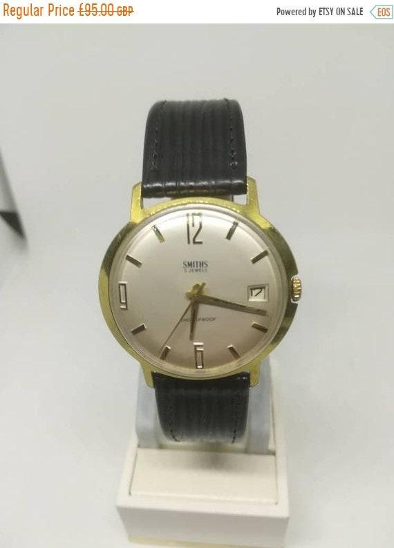 Vintage Smiths men's wristwatch
