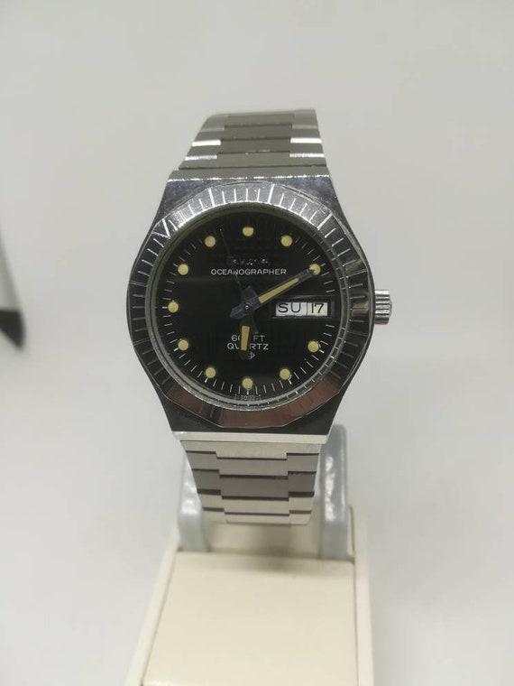 Vintage Bulova Oceanographer  men's wristwatch