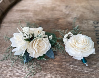 Hunter Green Rose Corsage or Boutonniere