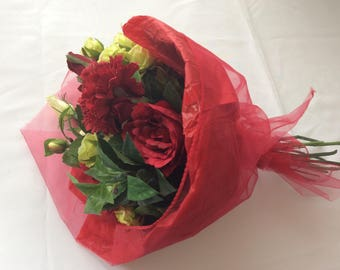 silk handtied red roses