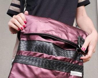 Vegan messenger bag. Fake leather bag. Woman vegan handbag. Handmade handbags. Online bags