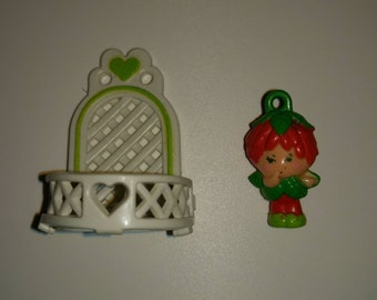 Vintage Charmkin/Poison Ivy with Balconey/Miniature Figurine/Collectible Toy/Jewelry Charm