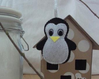 Hanging felt Penguin