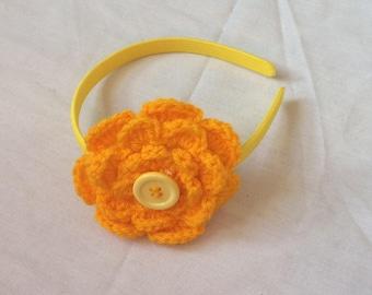 Crocheted flower hairband