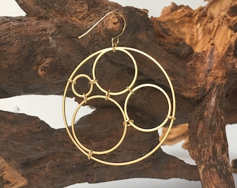 gold circle earrings / hoop earrings / geometric earrings / minimalist earrings / statement earrings / delicate earrings / drop earrings