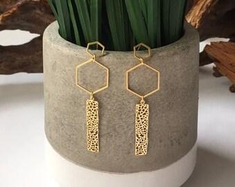 Gold earrings / hexagon earrings / drop earrings / geometric earrings / delicate earrings / dangle earrings / statement earrings / gold