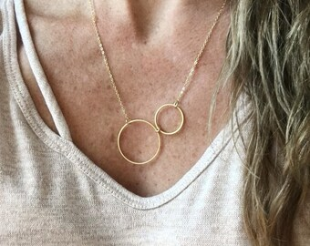 Circle necklace / gold necklace / geometric necklace / minimalist necklace / delicate necklace / dainty necklace  / layered necklace