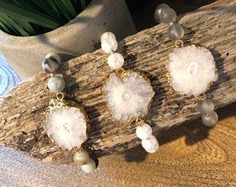 White druzy bracelet / beaded bracelet / geode bracelet / agate bracelet / customizable bracelet / bohemian bracelet