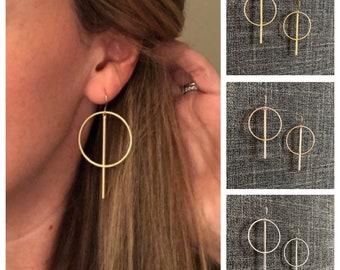 Circle bar earrings- medium / gold - silver - rose gold / geometric earrings / modern earrings / minimalist earrings / dangle earrings