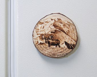 Fridge Magnet Wood Pyrography Bull Moose