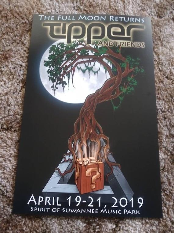 Tipper Full Moon Design