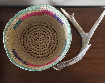 Vintage Colorful Straw Coil Basket / Bowl
