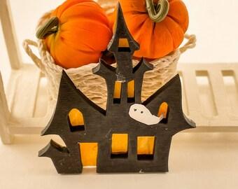 Mini Dollhouse Haunted House Sign - 1:12 Scale Halloween Decor