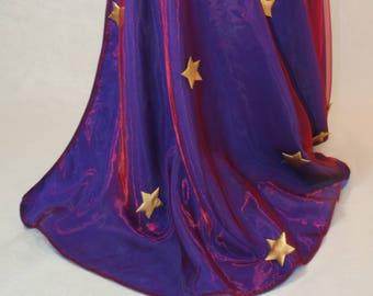 Cape super-héros bleue et rouge avec étoiles dorées