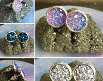 Sparkling Silver Stud Earrings with Druzy Raw/Rough Gemstone Geode Style in Choice of Colours: pink, purple, blue - Unisex for men, women