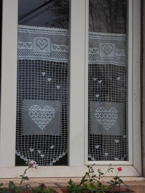 Rideau crochet fait main taille XL le coeur en médaillon