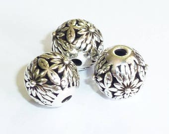 Pearl Silver 925 round patterned 10x9mm PN17 - 1.7 G 039