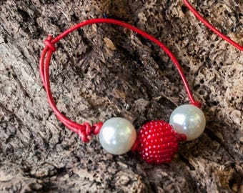 Bracelet leather red beads white