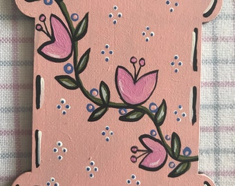Pink tulips Thread keeper