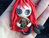 Mermaid pirate the navigation bar (PIN or magnet to choose)