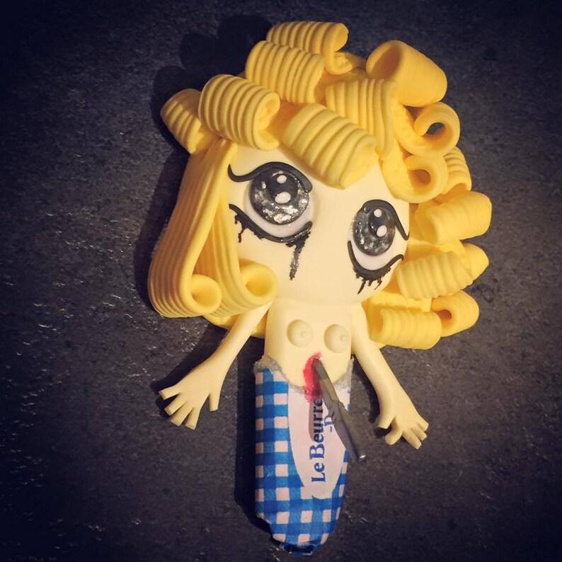 Miss Butter Flies count image 0