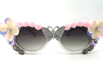 932875cb03a9 Women s Oval Festival Quirky Retro Statement Sunglasses Rave Eye Wear  Ladies Sunglasses Unique 90s