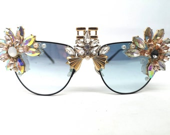 491fafd44f3 Stylish Embellished Metal Thin Rimmed Statement Festival Sunglasses