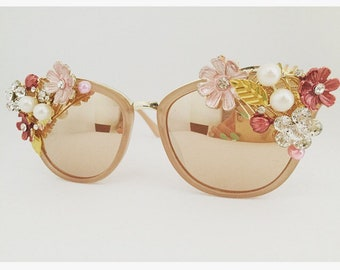 Ladies retro sunglasses, flower sunglasses, pretty sunglasses, pink rose gold sunnies, festival sunglasses, vintage sunglasses