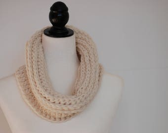 Soft and cozy cowl