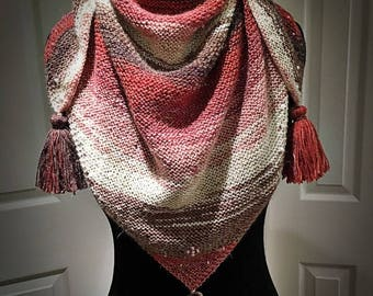 TRIANGLE SCARF / SHAWL