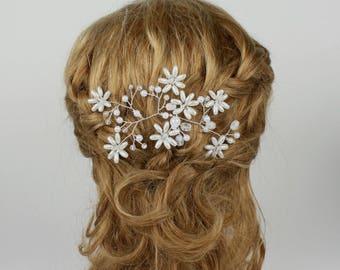 Floral Pearl Hair Piece, Rhinestone Bridal Pin, Floral Hair Comb, Rhinestone Hair Decoration, Pearl Hairpiec, Wedding Hair, Hair Accessory