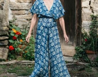"NEW Folkwear #252 Misses Beach Pyjamas Maxi Dress (Palazzo Pants) Head Scarf Paper Sewing Pattern Size 6 - 20 Bust 30 1/2"" - 42"" / UNCUT"