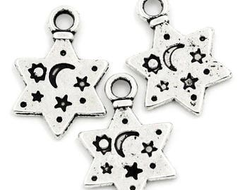 10 pendants star charm engraved Moon and stars n ° 5